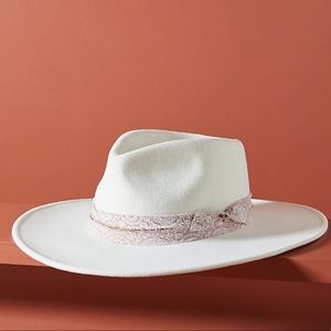 Anthropologie Henrietta rancher hat new 🌟🌟